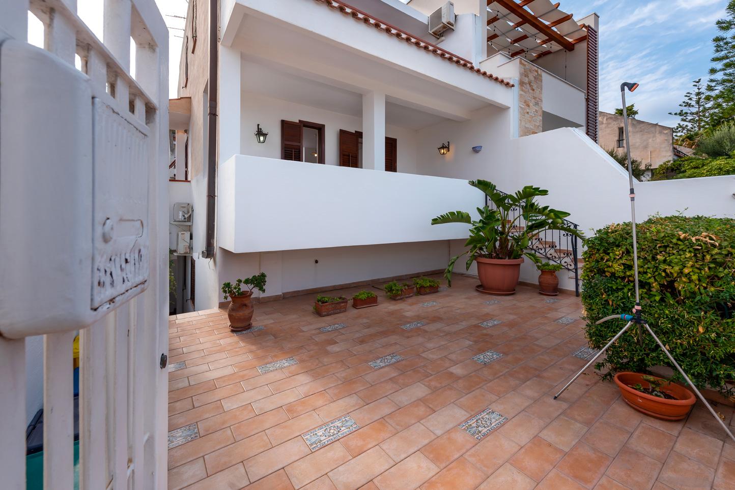 Villa Faro, 53 - Case vacanze e ville a Trapani e San Vito ...